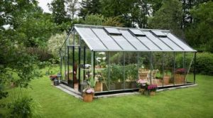 Стеклянные теплицы для сада